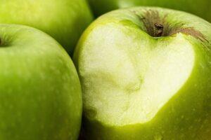 de verfrissende smaak van zure appels